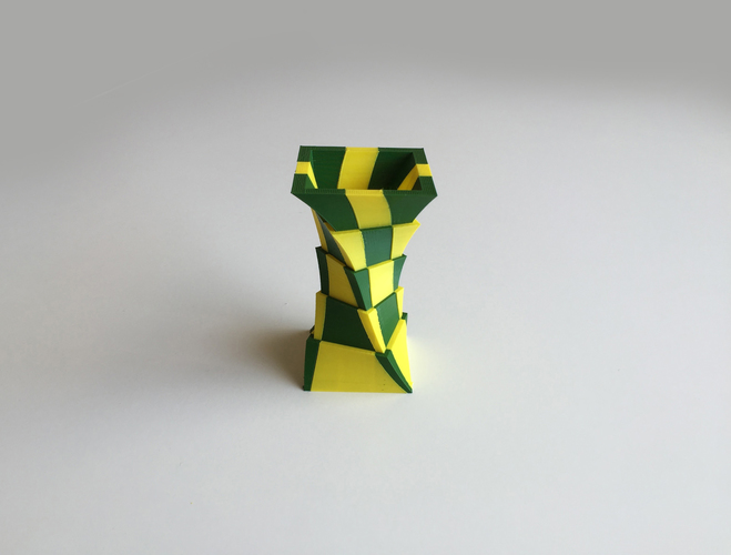 2-Color Box Vase (Dual Extrusion) 3D Print 100874