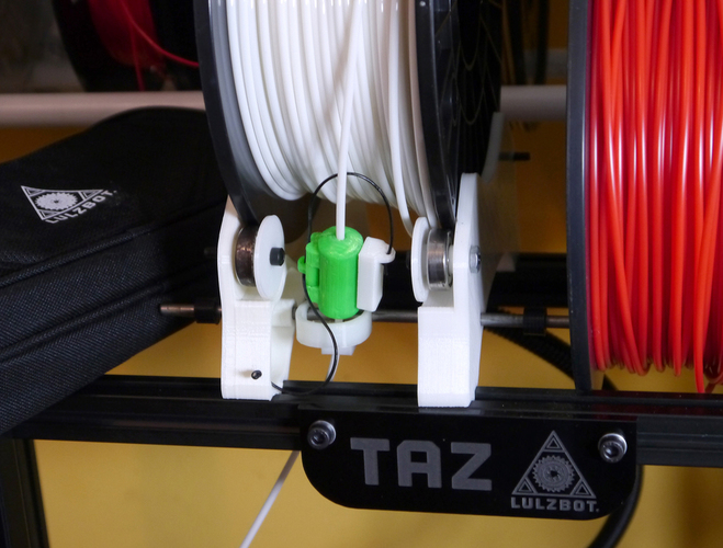 Filament Oiler/Cleaner with Print-in Hinge, now with rollout ala 3D Print 102168