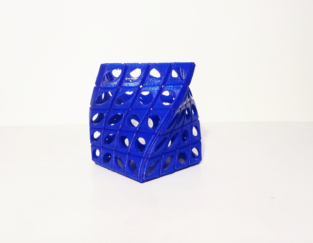PEN HOLDER TWIST V2 3D Printing 112720