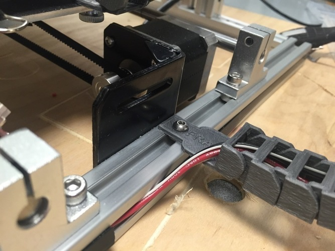 Yet Another Folger Tech 2020 i3 Y Axis Cable Chain Ends 3D Print 115427