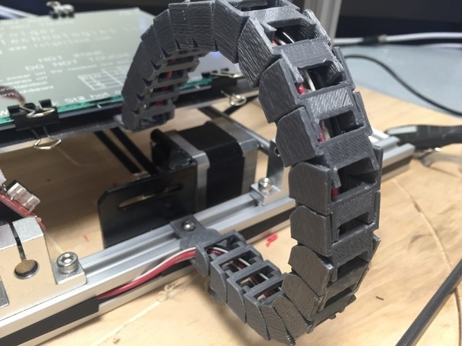 Yet Another Folger Tech 2020 i3 Y Axis Cable Chain Ends 3D Print 115428