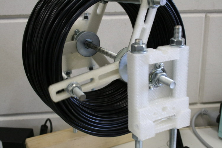 Simple spool system for a Mendel (or other 3d printer) 3D Print 118209