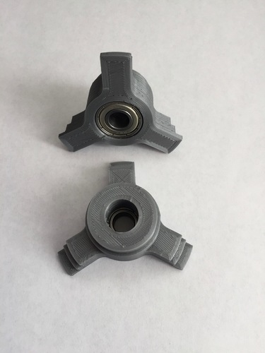 Multi-size Spool Tri-Adapter Roller Axle 3D Print 118880