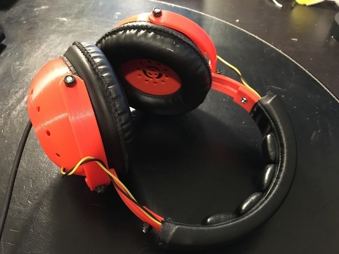 "Tunable ""Open/Closed"" Headphones  3D Print 120875"