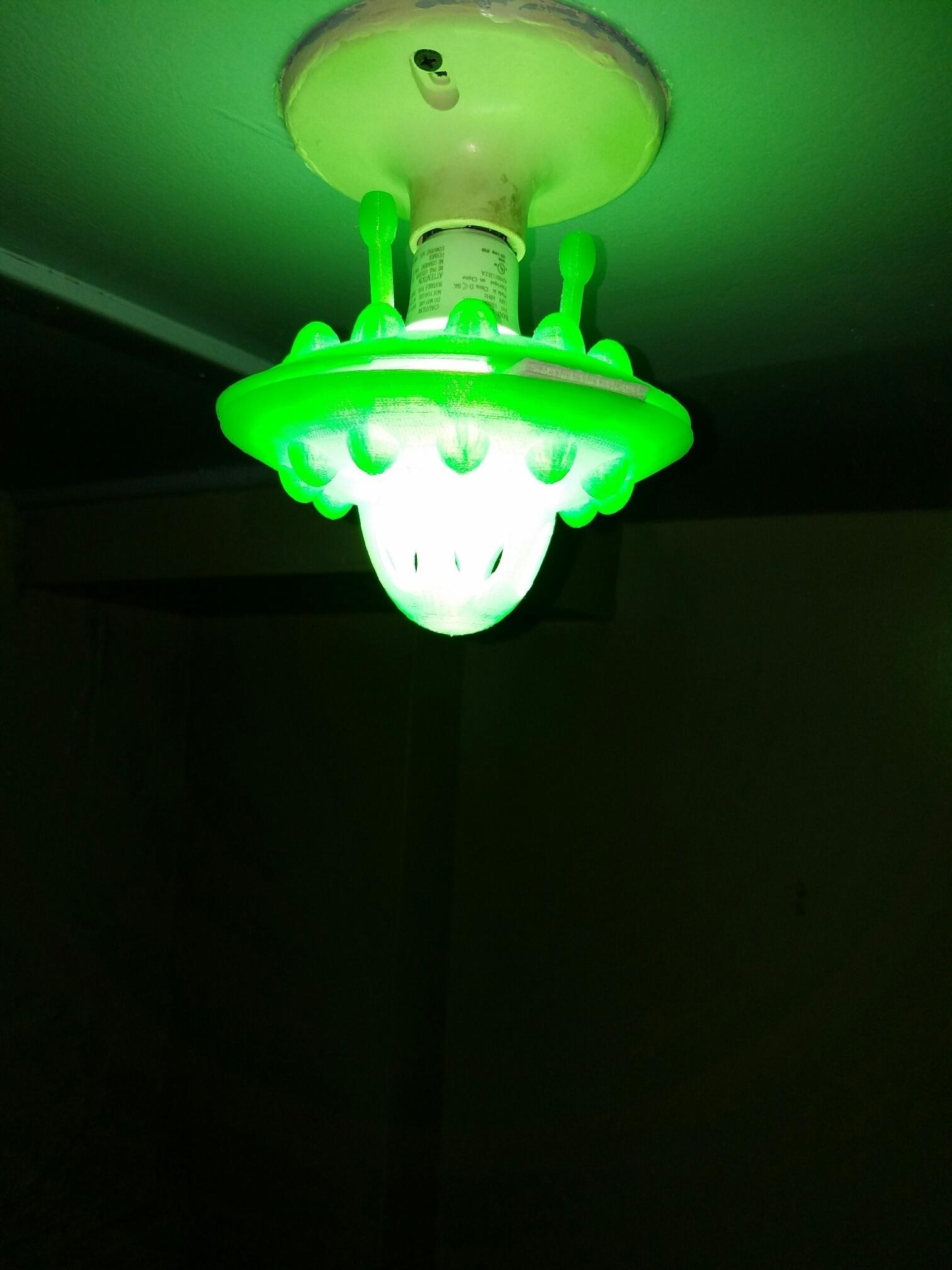 Flying saucer light fixtures light fixtures 3d printed flying saucer led lightbulb fixture by sonny rivas pinshape arubaitofo Gallery