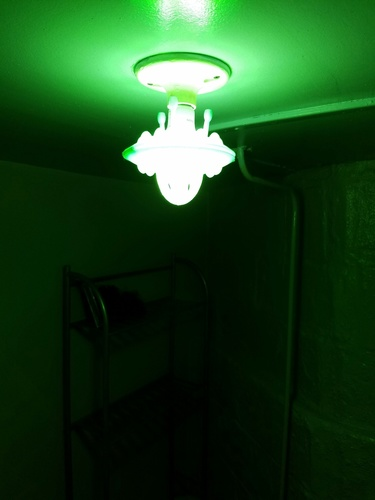 Flying Saucer LED lightbulb fixture 3D Print 123393