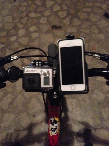 GoPro & iPhone 5 Universal Bike Mount 3D Print 126150