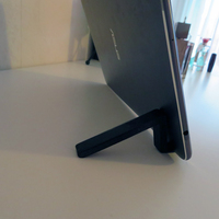 Small Super-Quick Phone or Tablet Stand 3D Printing 126513