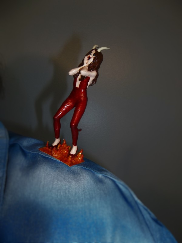Medium TEMPTATION (Devil on my shoulder) 3D Printing 126587