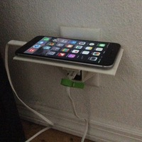 Small IPHONE 6 PLUS - Plug & Phone Holder 3D Printing 128592
