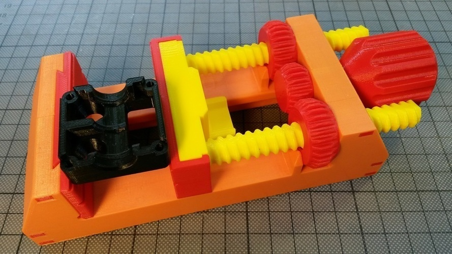Horizontally printed rods for ANOTHER Vise 3D Print 130675