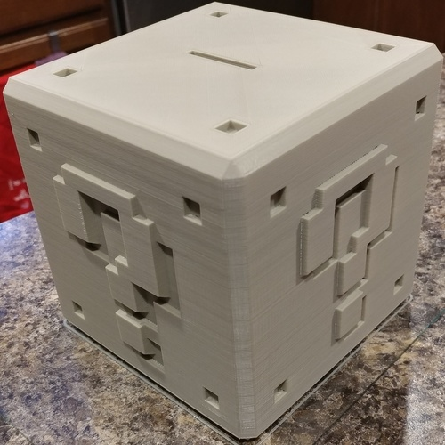 Mario ? Bank with Print in Place Plug 3D Print 134237