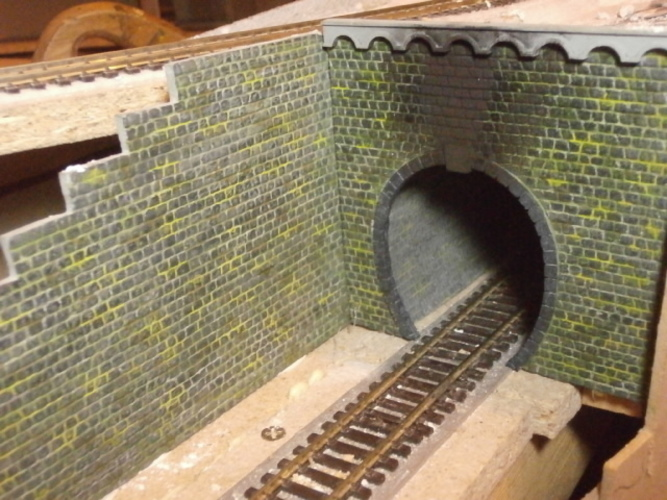 SCALEPRINT WC-20 WALL CAPPING WITH ARCHES 00/H0 SCALE 3D Print 134386