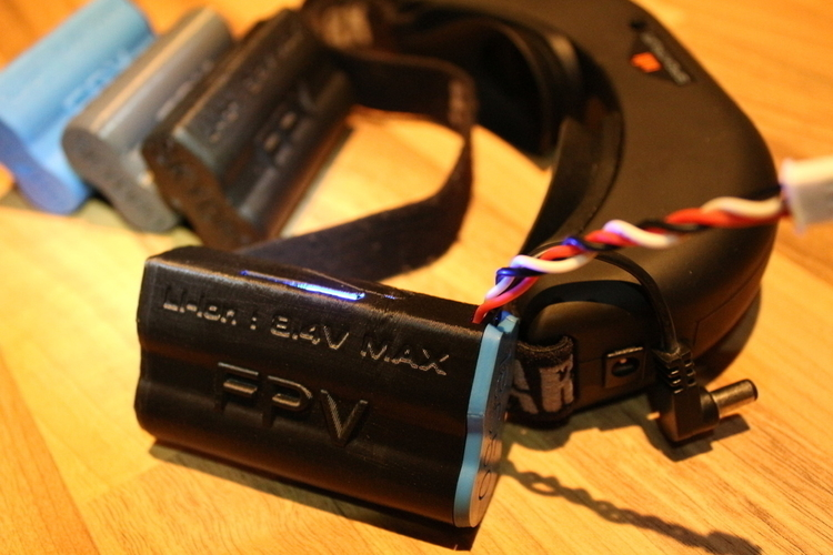 Fatshark 18650 FPV battery Case with LED 3D Print 134717