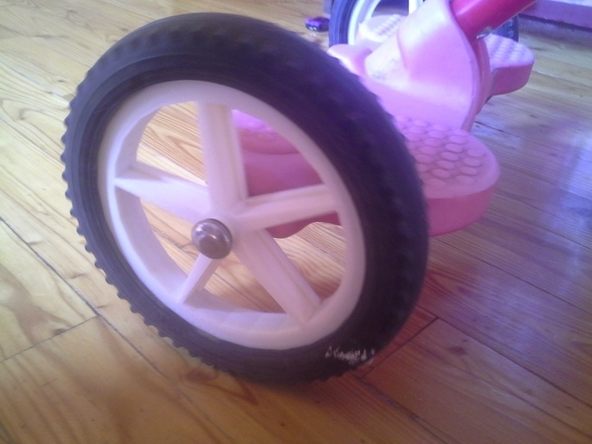 tricycle spare wheel. 3D Print 134955