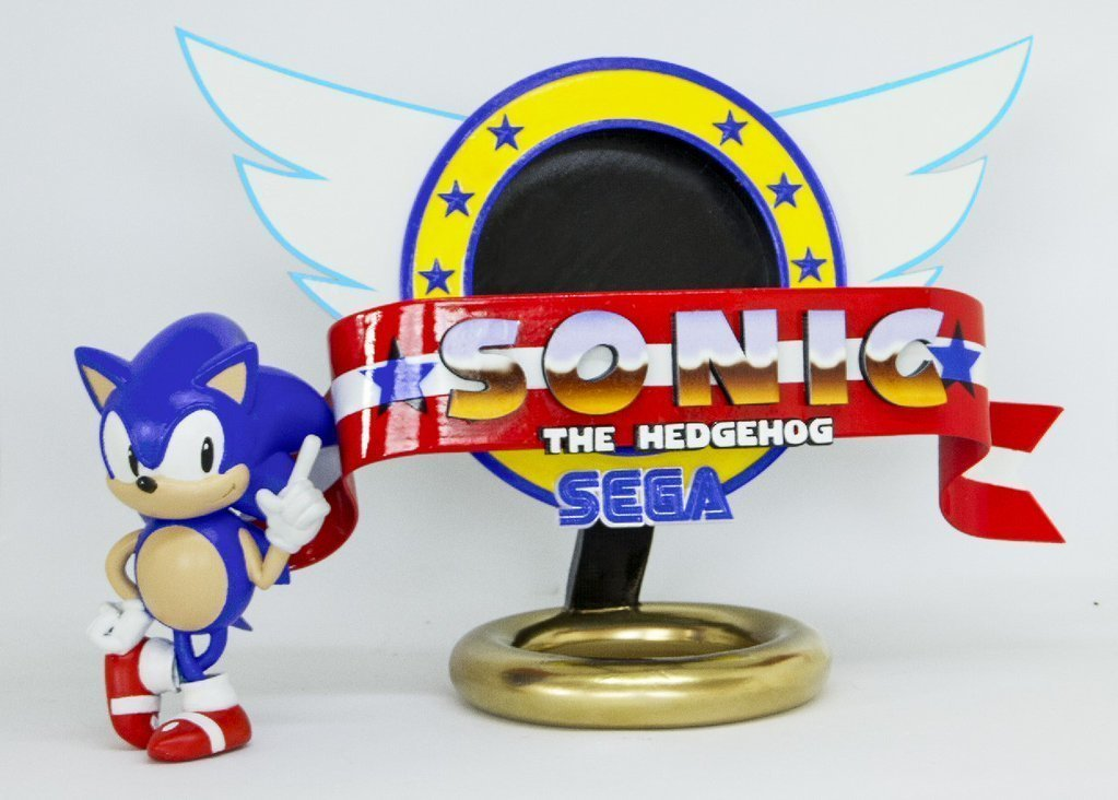3d Printed Sonic The Hedgehog With Logo By Chaoscoretech Pinshape