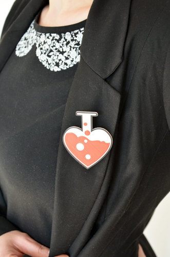 Love chemistry brooch/pin 3D Print 138058