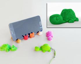 Tortoise Keychain / Smartphone Stand