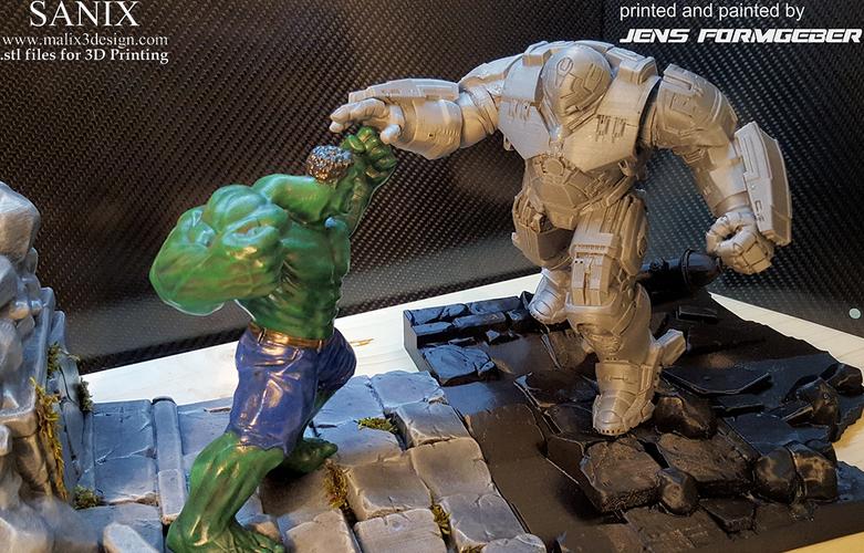 3D Printed Avengers Scene-Ironman Hulkbuster 3d-printable