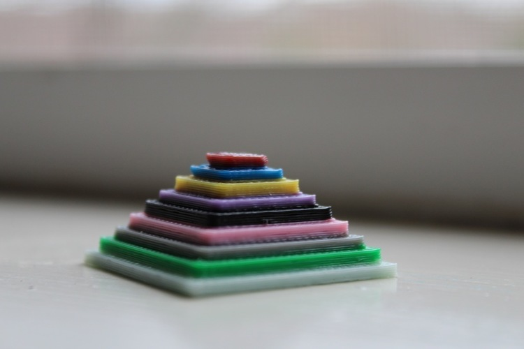 Color Test Pyramid  3D Print 141832