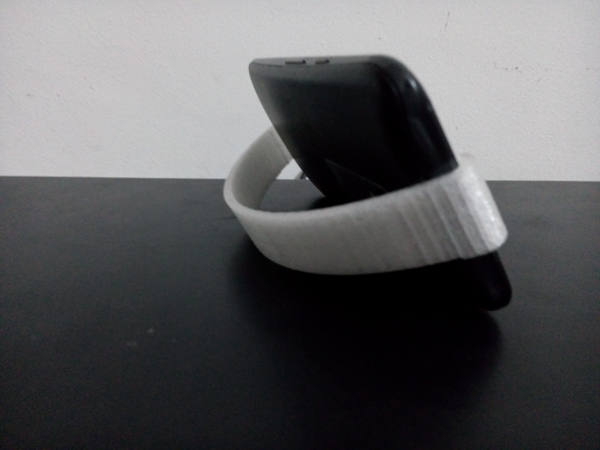Medium Moto G3 - Mobile Stand 3D Printing 143378