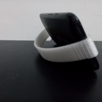 Small Moto G3 - Mobile Stand 3D Printing 143378