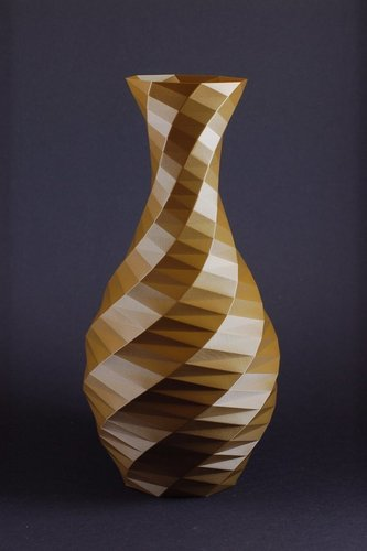 Low-poly Rose Twist Vase 3D Print 146414