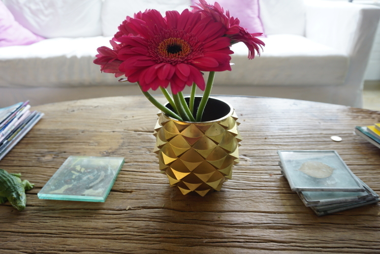 Pinecone/Pineapple Inspired Flower Pots 3D Print 152748