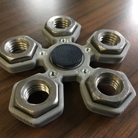 Small Fidget Hand Quintuple Spinner with 5xM14 hex nuts 3D Printing 155964