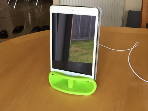 Medium iPad Mini Speaker dock 3D Printing 156244