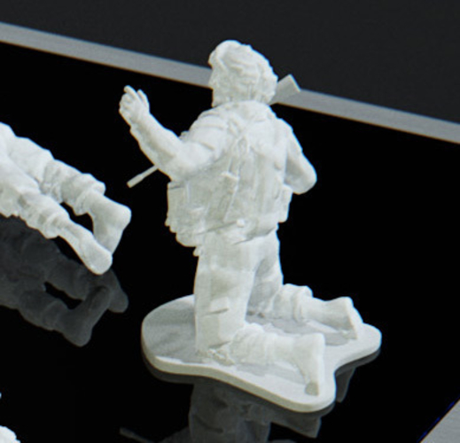 Modern Soldier getting shot pose on knees (esc: 1/24) 3D Print 158887