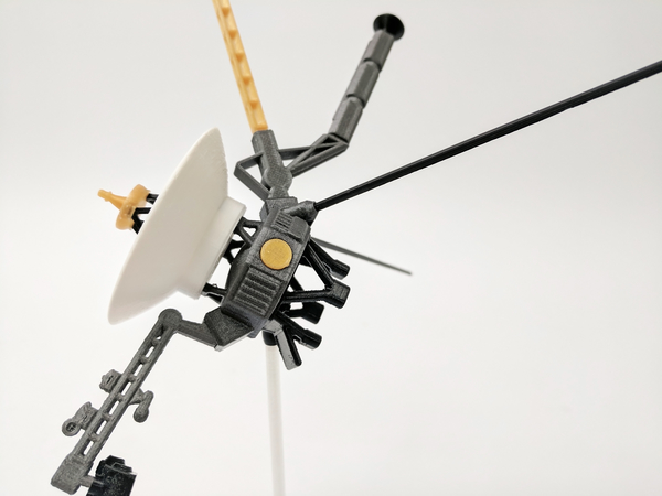 Medium Voyager Satellite Desktop Model 3D Printing 166339