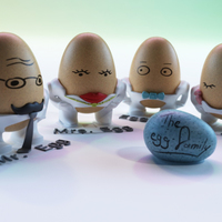 Small The Egg Family: all four 3D Printing 17603
