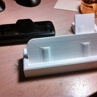 Small Desk Dock for Razr Maxx HD 3D Printing 17640