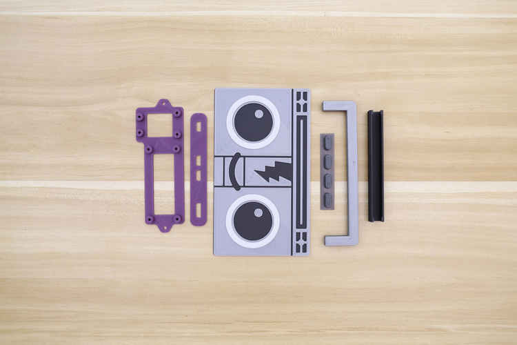 Raspberry Pi Airplay BoomBox 3D Print 177344