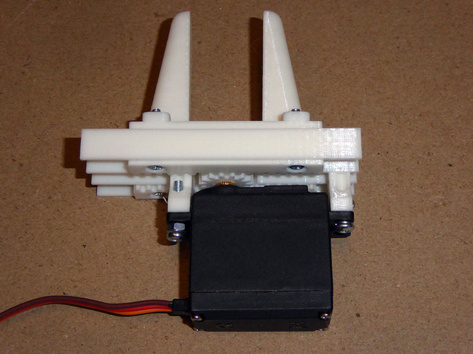 Servo Controlled Robotic Gripper using rack & pinion drive 3D Print 179317