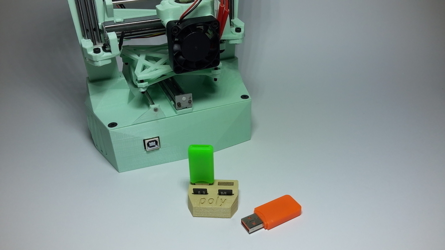 USB Poly Holder 3D Print 181317