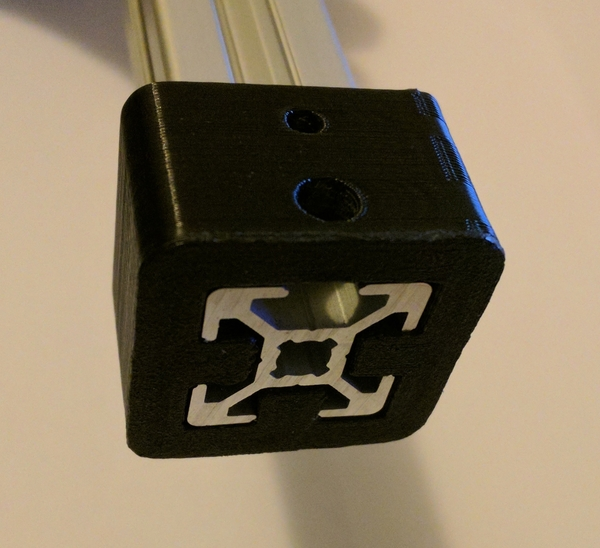 Medium 2020 bracket with M3 and M5 hole 3D Printing 183441
