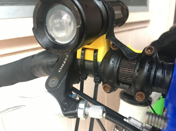 Bicycle Flashlight Mount 3D Print 183668