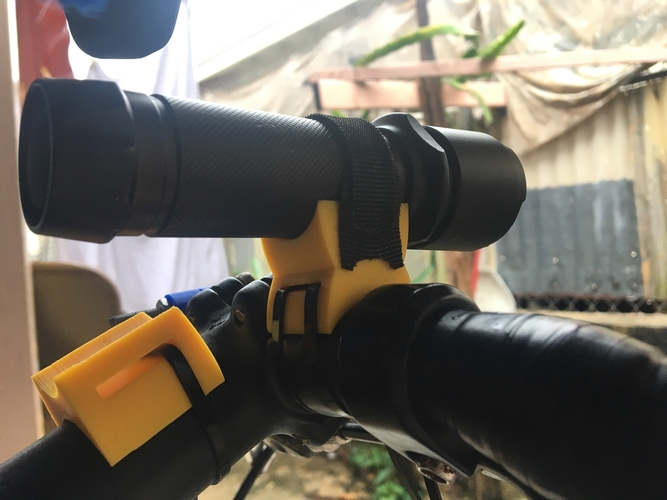 Bicycle Flashlight Mount 3D Print 183671