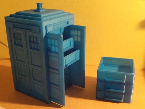 Medium Tardis with drawers 3D Printing 19582