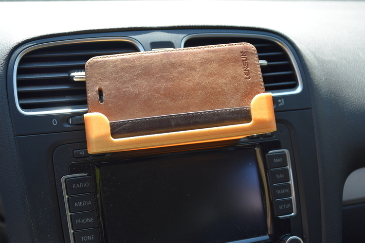 iPhone 5/5S/6/6S holder to CD slot car 3D Print 200436