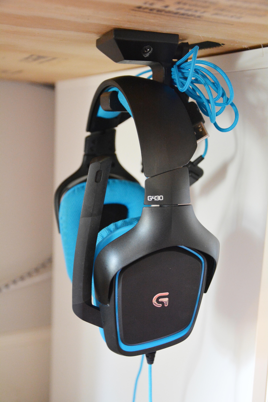 55a0cb201f6 3D Printed Under-desk Headphone Hanger by adylinn | Pinshape