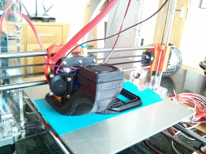 3D Printed Prusa i3 dual e3dV6 bowden, mount and print cooler shroud ...