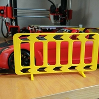 Small 1 10 traffic fence // valla de trafico 1 10 3D Printing 219385