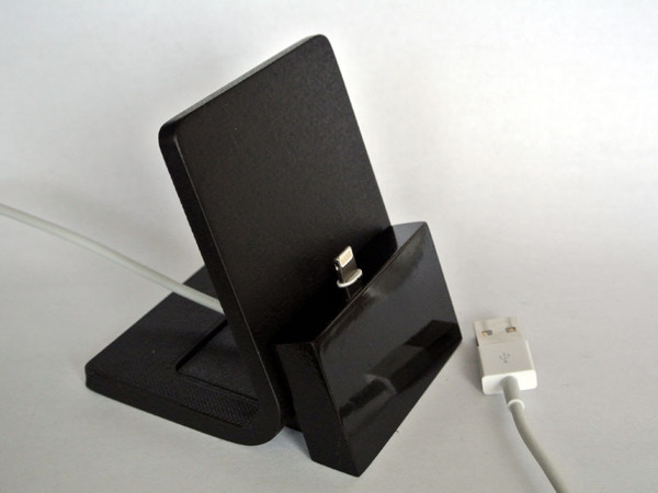 Medium iPhone stand 3D Printing 23536