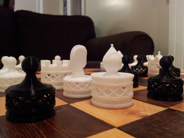 Medium Double Spiraled Chess Set 3D Printing 23678