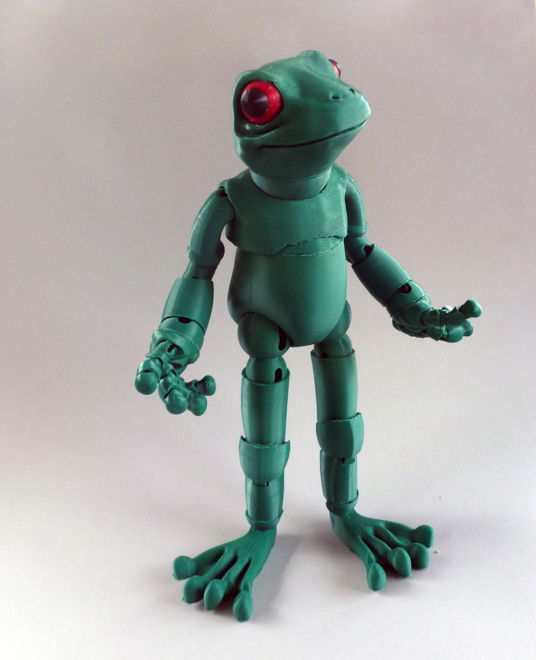 Popular 3D Printed Froggy: the 3D printed ball-jointed frog doll by Louise  LT56