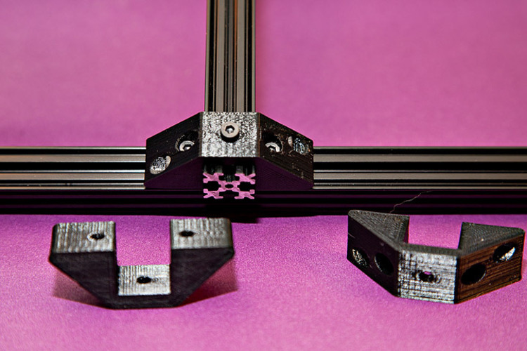 Square Extrusion Clamp 3D Print 25340