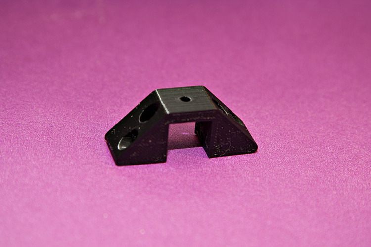 Square Extrusion Clamp 3D Print 25345